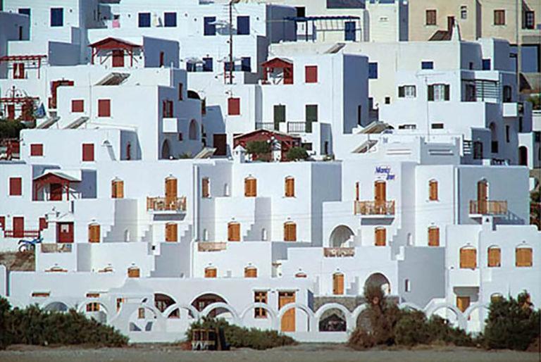 01GS-033 Greek buildings-paros-2-